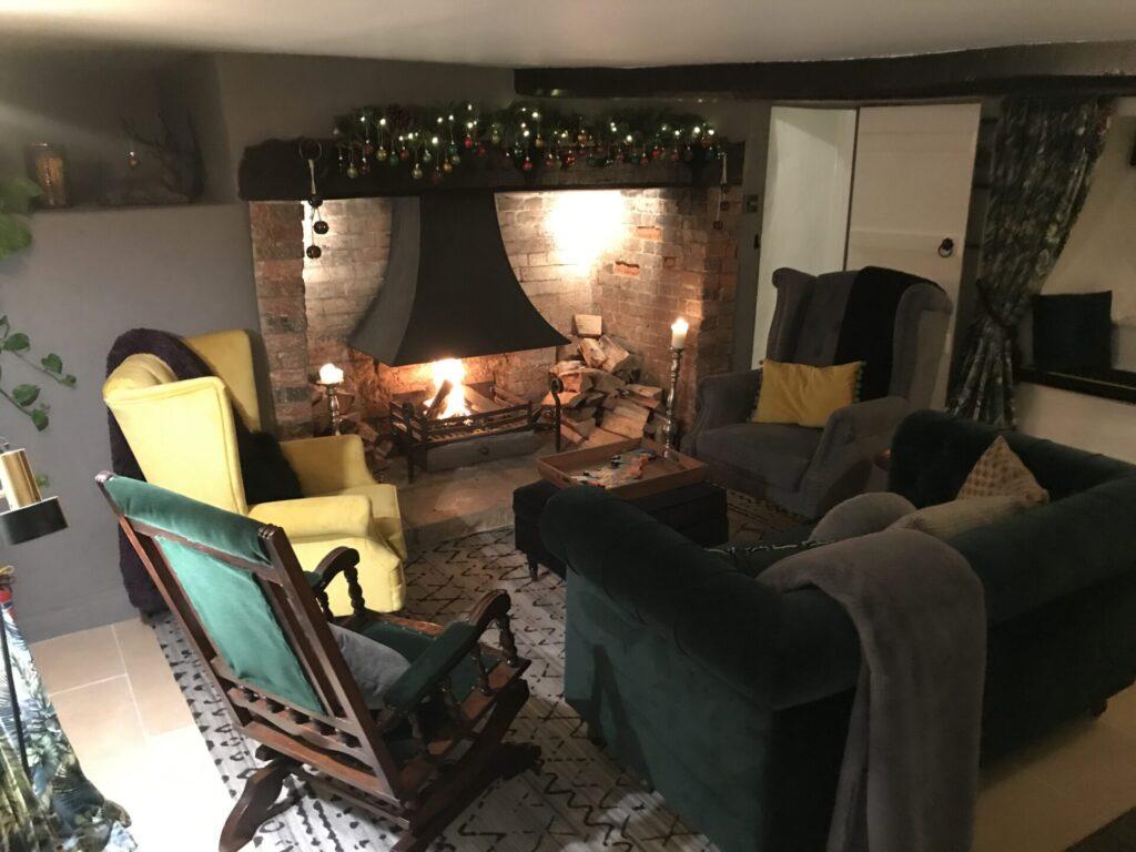 English Cottage Vacation Christmas